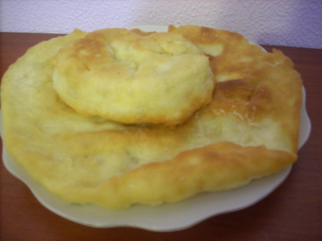 Индийские лепешки лепешки Бхатури