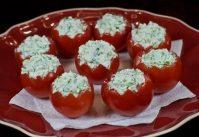 Очень вкусные помидоры, фаршированные мягким сыром