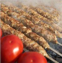 Лето— пора готовить люля кебаб на мангале