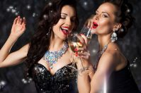 Несколько вариантов как отметить Новый год весело