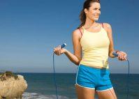 Прыжки на скакалке очень эффективны для похудения