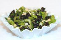 Салат с сельдереем и черносливом для похудения— самое то