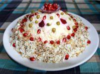Замечательный салат Шапка Мономаха с курицей