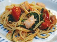 Макароны спагетти с рыбой семгой