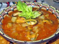 Пикантный суп из мидий