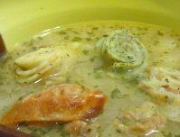 Необычный но вкусный суп с куриным филе и ананасами