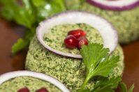 Пхали— грузинская закуска из баклажан