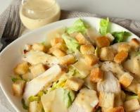 Салат Цезарь с курицей: самый вкусный домашний рецепт
