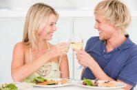 Устройте романтический ужин для двоих